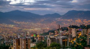Medellin Travel Guide – Alltherooms.com