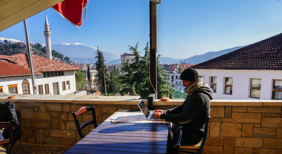 Nomad Life: 10 Tips To Help You Succeed As A Digital Nomad
