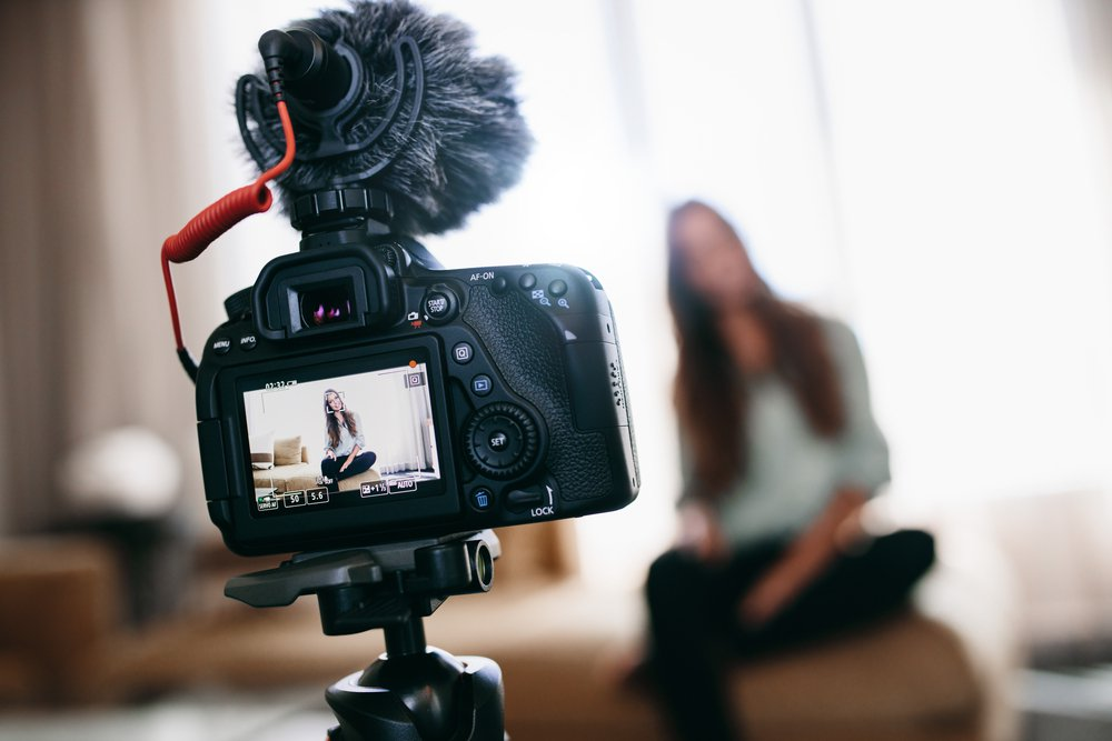 7 Useful Tools For Becoming A Pro Vlogger